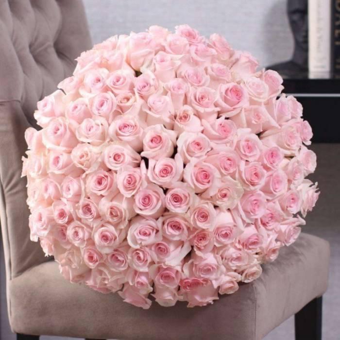 Букет 101 высокая розовая роза R890